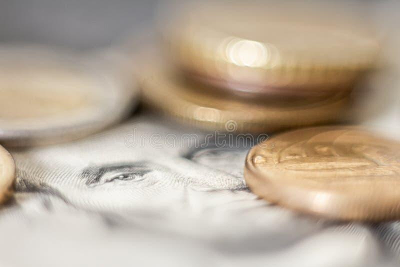 Image conceptuelle d'argent Éléments qui représentent monétaire Éléments qui représentent l'image successConceptual monétaire de  images libres de droits