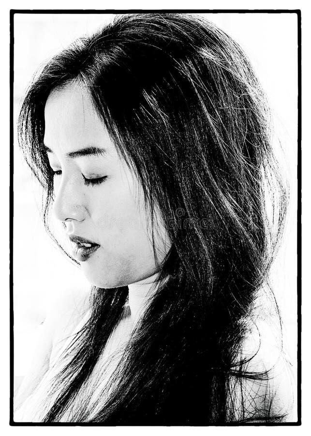Image contrastée de belle jeune fille photos libres de droits