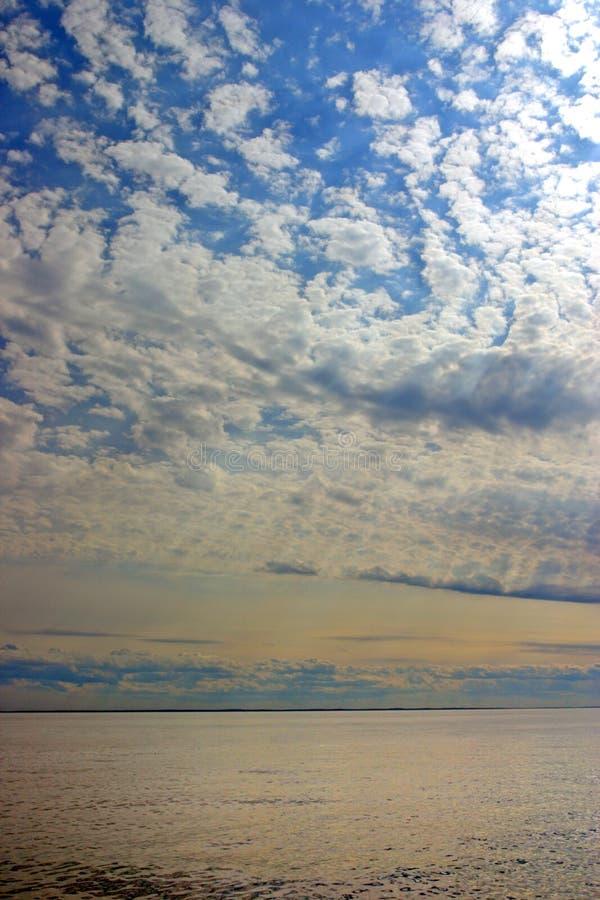 Image courante de coucher du soleil en mer image stock