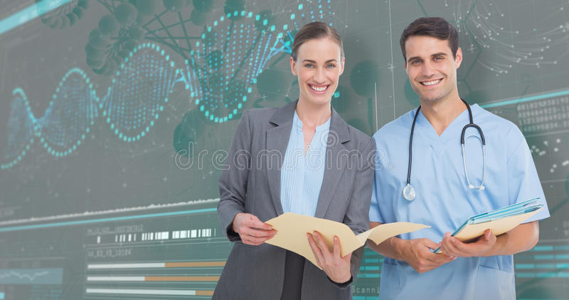 image 3D composée du portrait des médecins masculins et féminins discutant au-dessus des rapports photographie stock