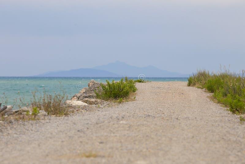 Image d'un chemin en parc national de Maremma en Toscane Italie images libres de droits