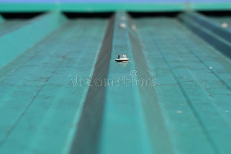 Image d'un dessus vert de toit images libres de droits