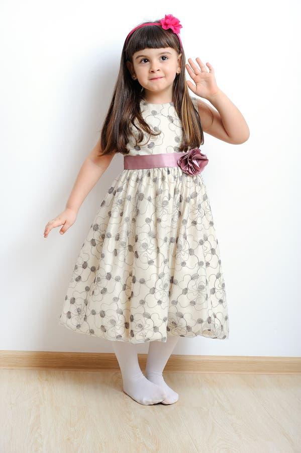 Image d'une belle jeune fille. photographie stock libre de droits