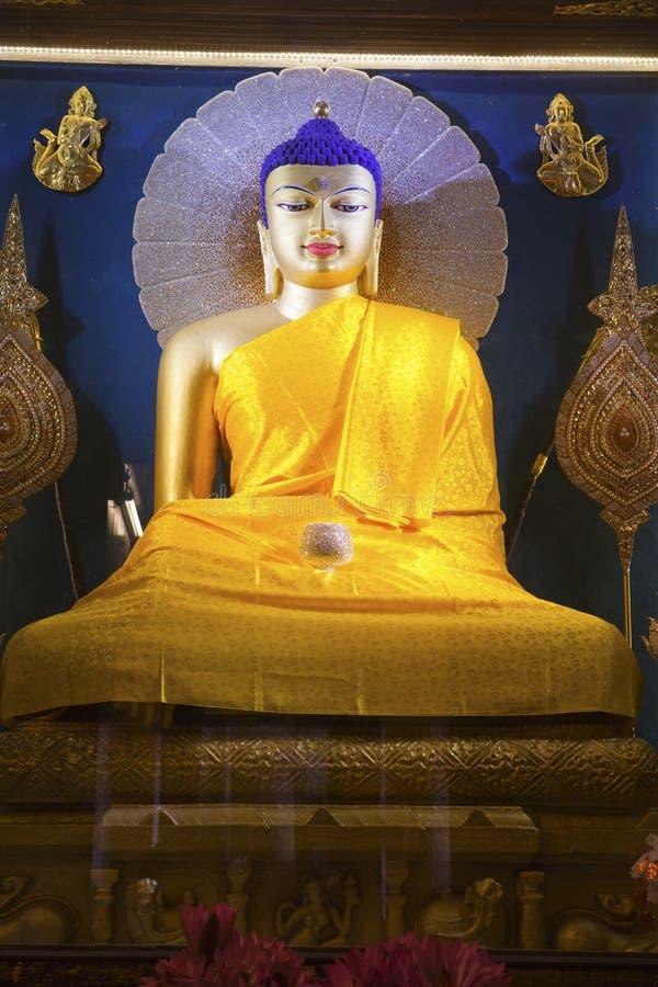 Image de Bouddha à l'intérieur de temple de Mahabodhi. images stock