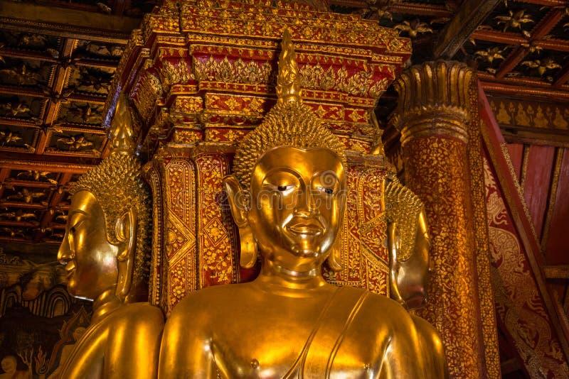 Image de Bouddha dans l'église de Wat Phumin, Nan, Thaïlande photographie stock