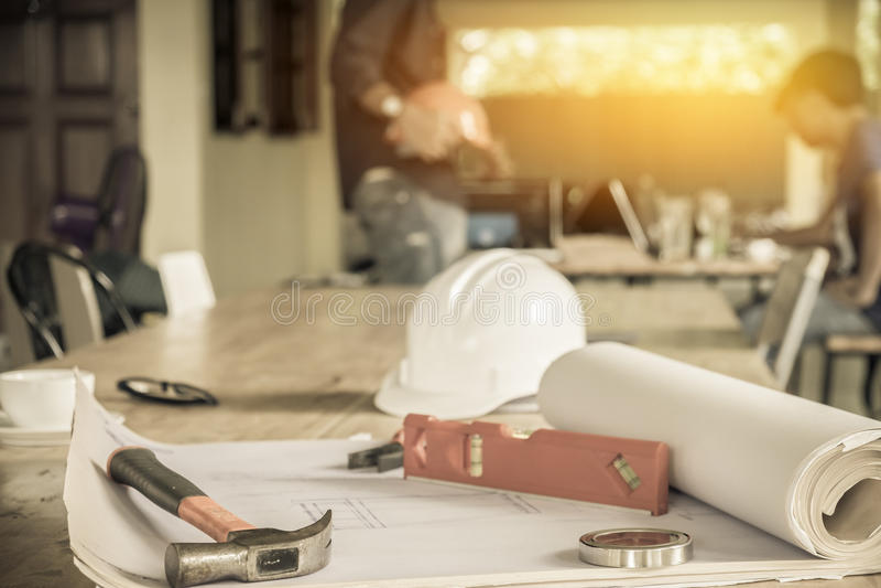 Image de la réunion d'ingénieur pour le projet architectural photos stock