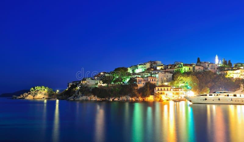 Image de nuit de l'île de Skiathos, Grèce images libres de droits