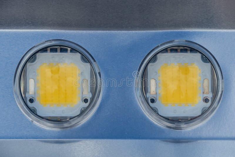 Image de panneau en métal avec deux diodes électroluminescentes énormes image libre de droits