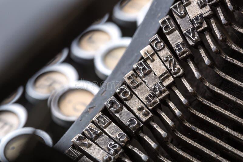 Download Image De Plan Rapproché De Mécanisme De Machine à écrire De Vintage Illustration Stock - Illustration du copie, concept: 87701289