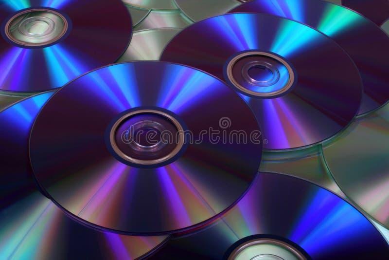 Image de plan rapproché des DVD et des Cd photos stock
