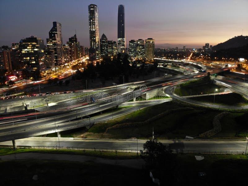 Image de ville de bourdon de nuit image libre de droits