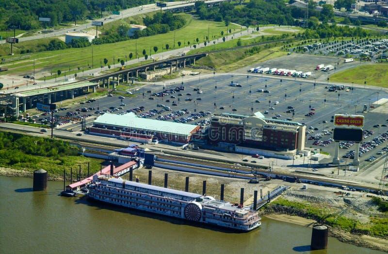 Image de vintage de bateau de rivière de la Reine de casino, St Louis est, IL photographie stock libre de droits