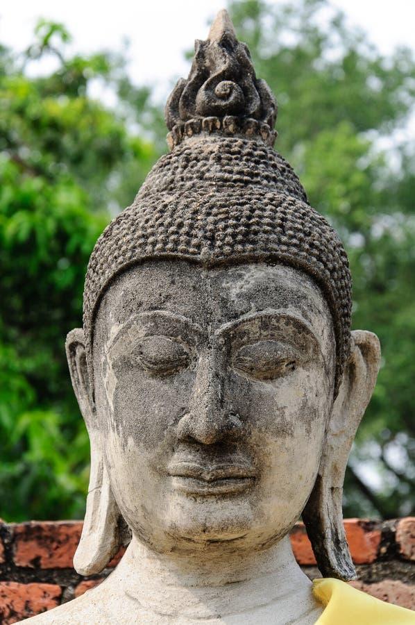 Image en pierre de Bouddha images stock