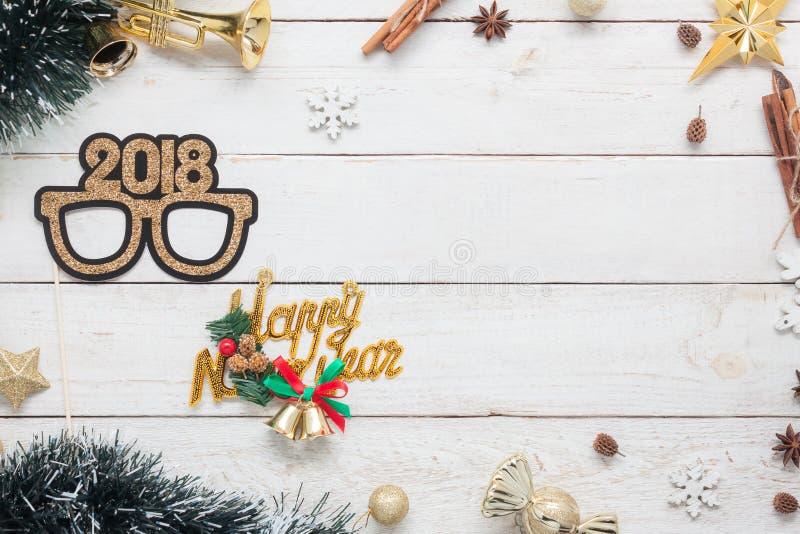 Image périodique de configuration plate de bonne année 2018 et concept de fond de Joyeux Noël photos libres de droits