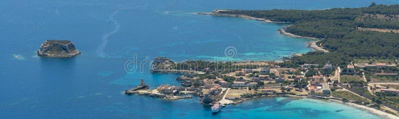 Imagem aérea da ilha de Isola de Pianosa Pianosa fotos de stock royalty free