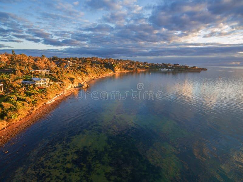 Imagem aérea da península de Mornington no por do sol fotos de stock royalty free