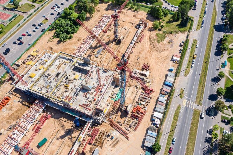 Imagem aérea do canteiro de obras da cidade Desenvolvimento da ?rea residencial nova foto de stock royalty free
