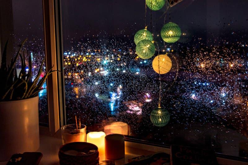 Imagem abstrata de ampolas do colourfull na noite fotos de stock