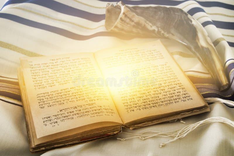 Imagem abstrata do xaile de oração - Tallit, símbolo religioso judaico foto de stock royalty free