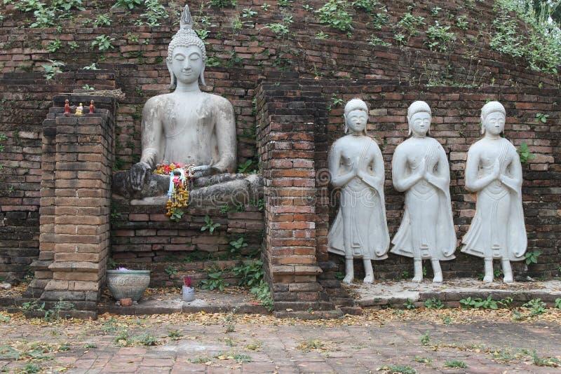 Imagem branca da Buda foto de stock
