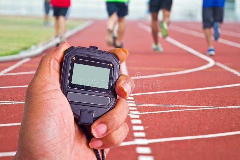 Imagem colhida do corredor no corredor competitivo foto de stock