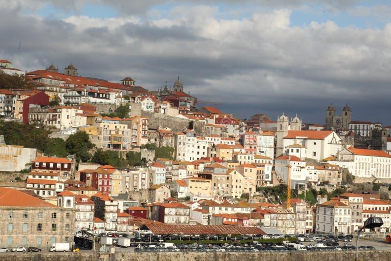 Imagem com um barco no rio Douro A fotos de stock royalty free