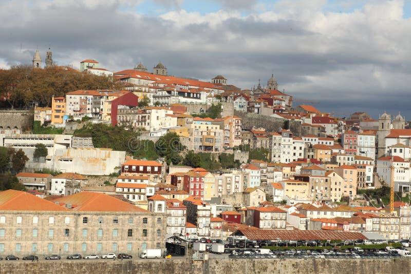 Imagem com um barco no rio Douro A fotografia de stock royalty free