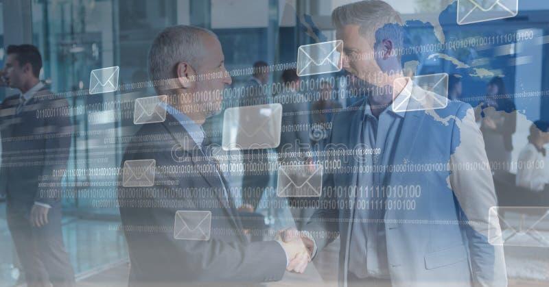 Imagem composta de Digitas dos executivos que agitam as mãos com ícones da mensagem e código binário em seixos ilustração stock