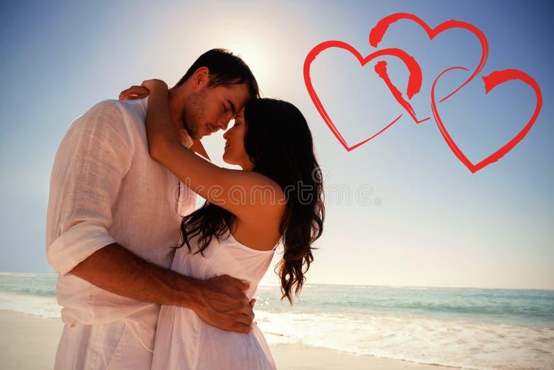 Imagem composta do abraço romântico dos pares imagens de stock royalty free