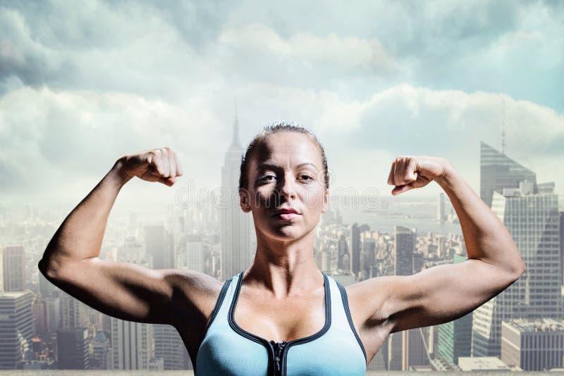 Imagem composta do atleta pensativo que dobra os músculos fotografia de stock