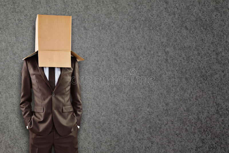 Imagem composta do homem de negócios anônimo com mãos em uns bolsos fotos de stock