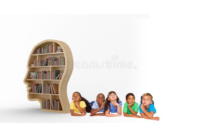 Imagem composta do pensamento bonito das crianças imagem de stock royalty free