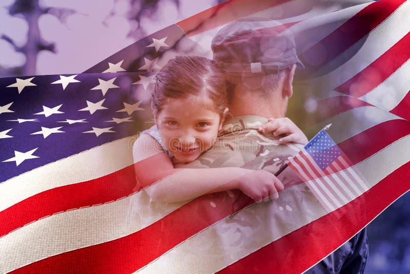 Imagem composta do retrato da menina que abraça o pai do oficial de exército ilustração royalty free