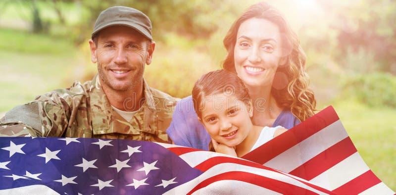 Imagem composta do retrato do homem do exército com família fotos de stock royalty free