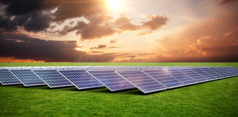 Imagem composta dos painéis solares ilustração royalty free