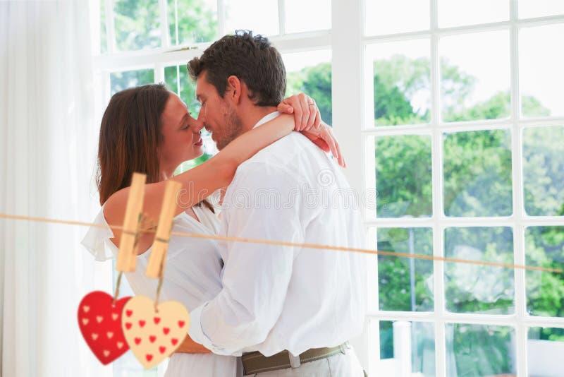 Imagem composta dos pares novos loving aproximadamente a beijar ilustração royalty free