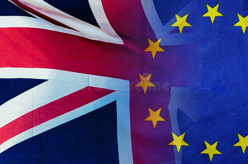 Imagem conceptual de BREXIT do ove da imagem de Londres e das bandeiras do Reino Unido e da UE fotos de stock royalty free