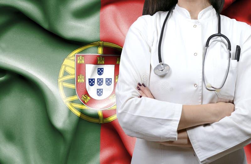 Imagem conceptual do sistema de saúde nacional em Portugal foto de stock royalty free