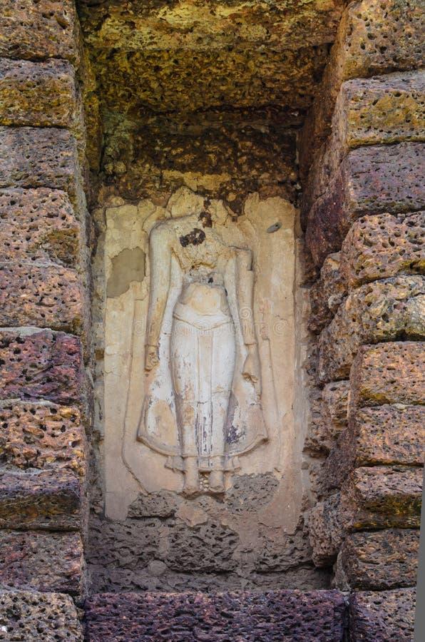 Imagem de buddha da ruína imagens de stock royalty free