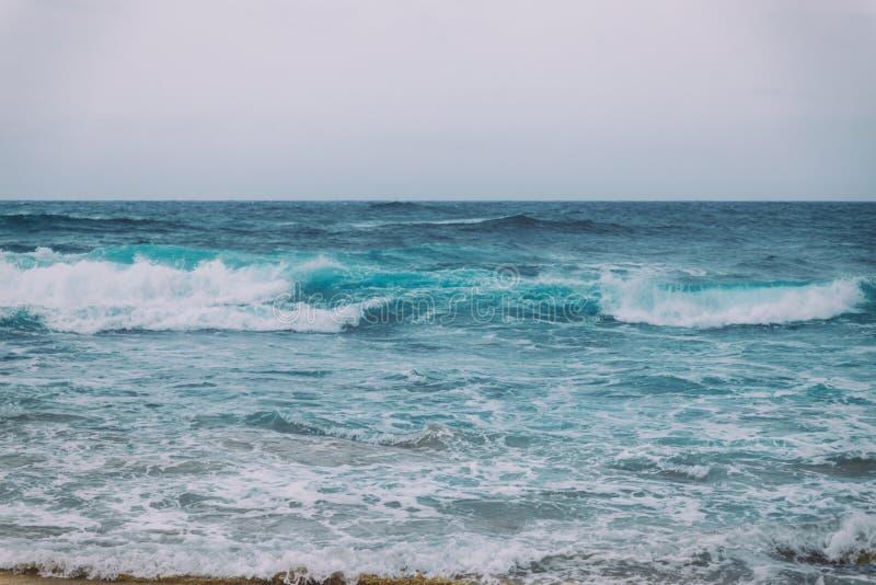 Imagem de fundo retro do vintage de ondas de oceano foto de stock