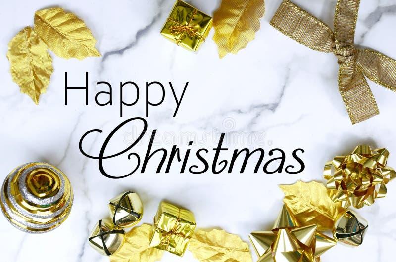 Imagem de uma borda de Natal no topo de uma fita de mármore foto de stock