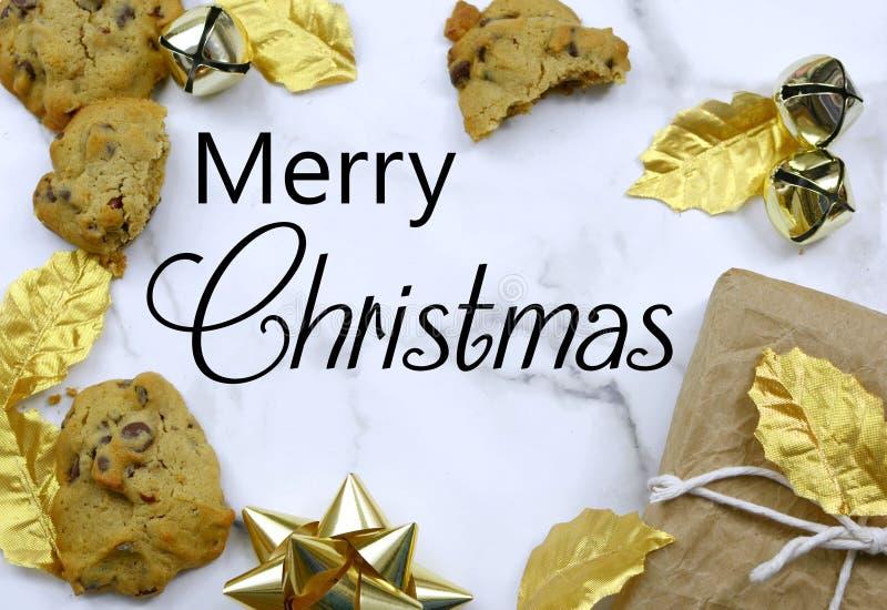 Imagem de uma borda de Natal no topo de uma mesa de mármore imagem de stock royalty free