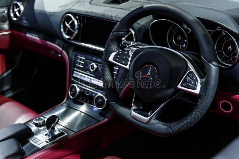 Imagem dentro de Mercedes Benz SLC 43 foto de stock royalty free
