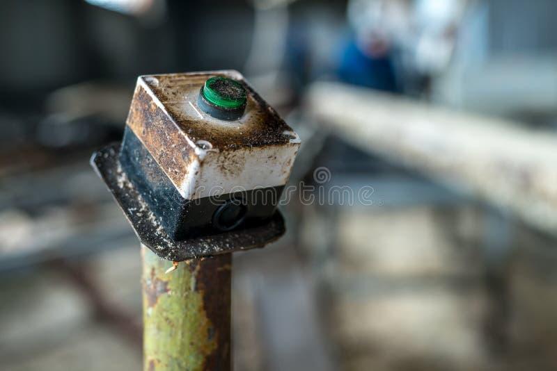 Imagem do botão do poder da máquina, close-up foto de stock