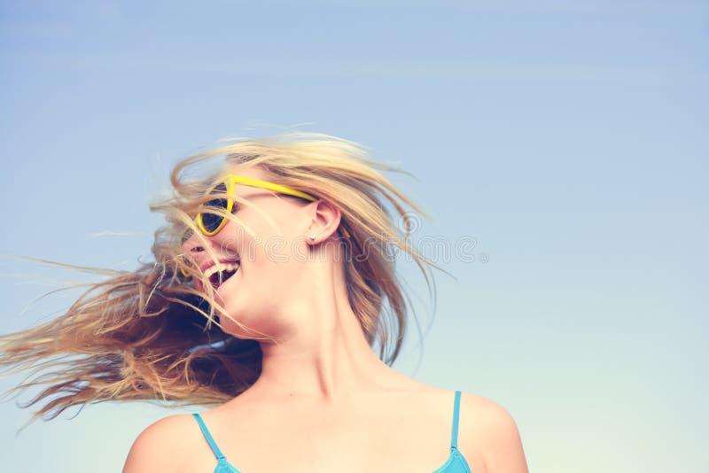 Imagem do close up de moça sensual surpreendente com imagem de stock royalty free