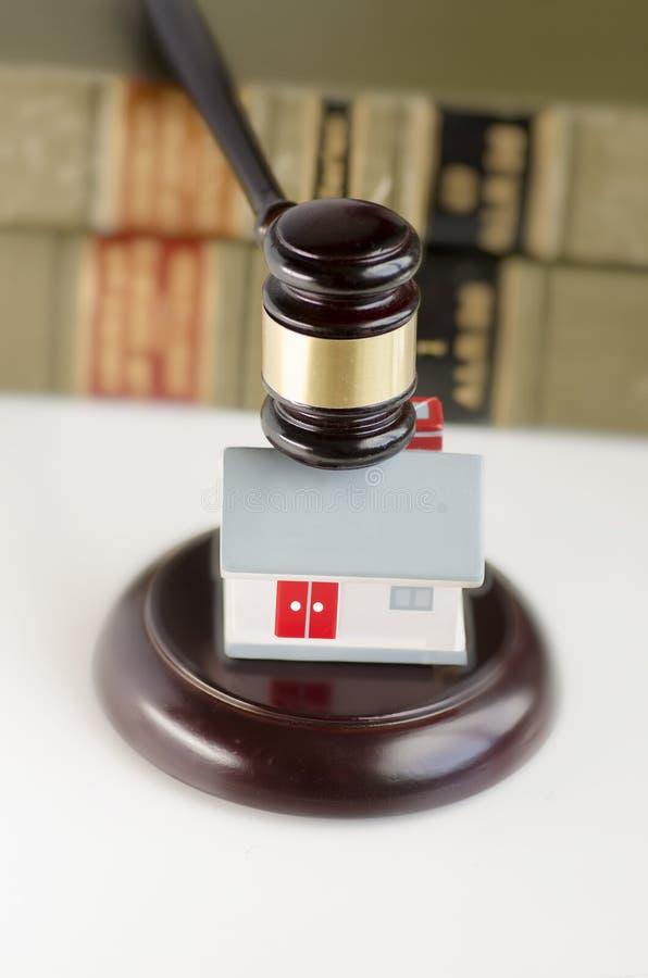 Imagem do conceito do contrato da lei dos bens imobiliários foto de stock
