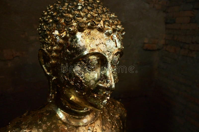 Imagem do ouro de buddha fotografia de stock