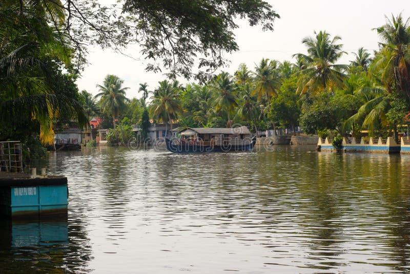 Imagem do País do Kumarakom em Águas Subterrâneas fotos de stock royalty free