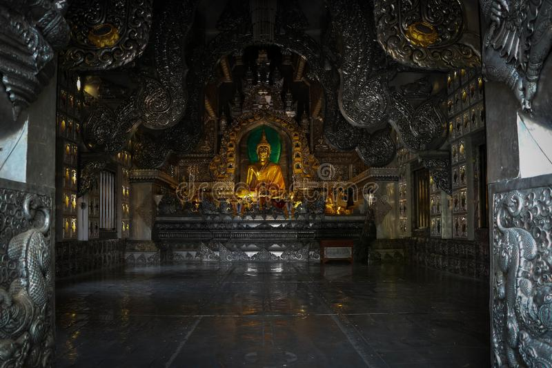 Imagem do templo e da Buda imagem de stock royalty free