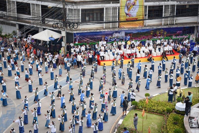 Imagem histórica da vista superior a dança da cerimônia a deusa Tailândia 2018 foto de stock royalty free